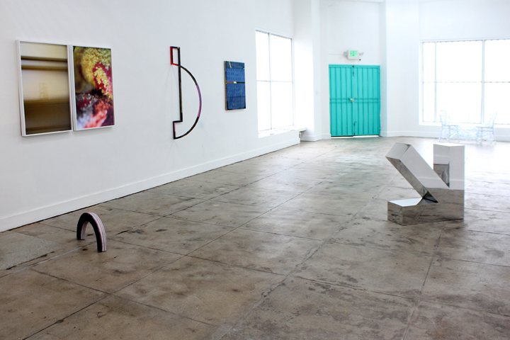 Installation image of Up to and Including the Horizon at Ochi Projects, Los Angeles, CA, 2015